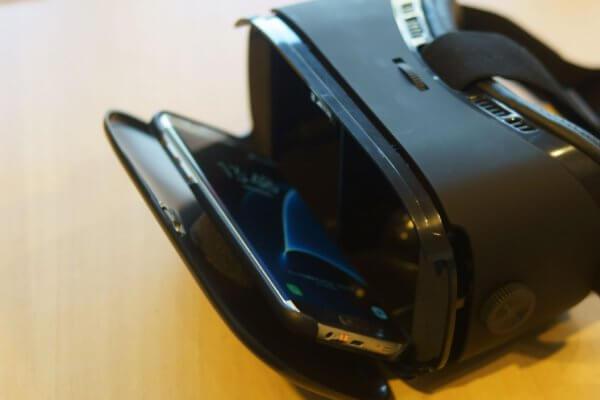 EchoAMZ 3D VRゴーグルにスマホセット